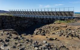 Most między kontynentami