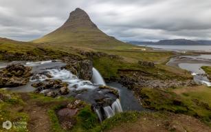 góra Kirkjufell i wodospad Kirkjufellsfoss