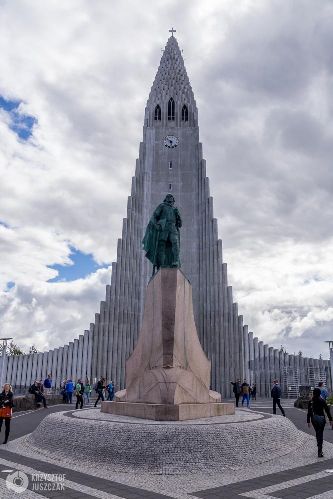 Hallgrímskirkja oraz pomnik wikinga Leifa Eiríkssona